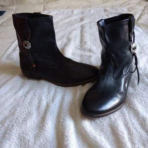 HTC leather boots